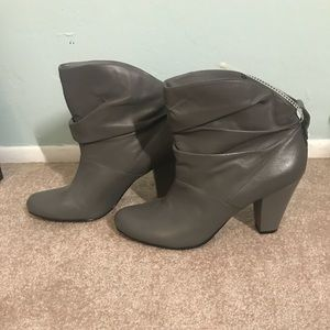 Grey slouch Bootie